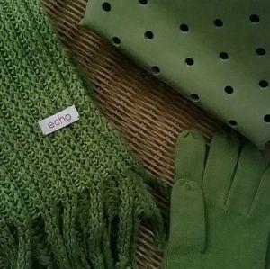 Scarf/gloves set